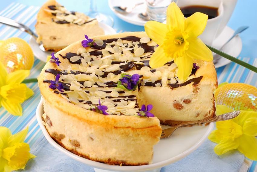 Przepisy na Wielkanoc – zestaw trzech super ciast! [fot. materiały prasowe]