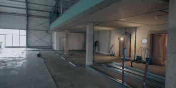 Trwa budowa szpitala tymczasowego we Wrocławiu