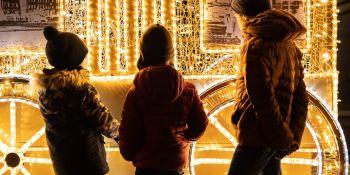 Iluminacje świąteczne w Warszawie