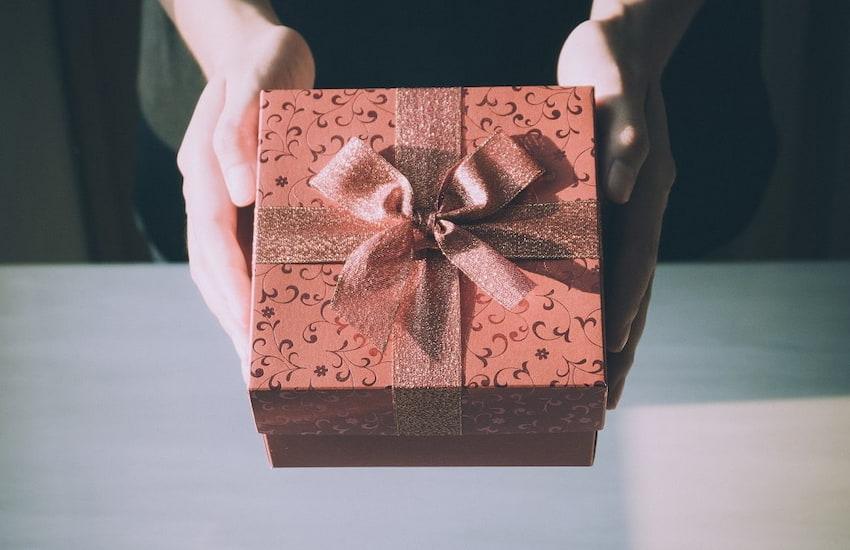 Trzy uniwersalne pomysły na prezent, które spodobają się każdemu!