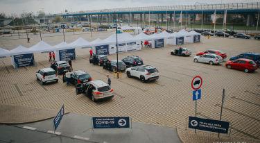Największy samochodowy punkt szczepień w Polsce