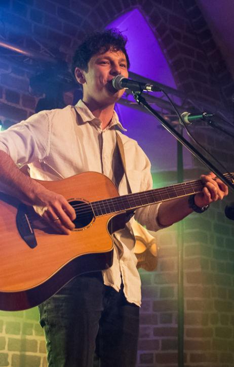 Wrocław: Coldplay akustycznie w Starym Klasztorze
