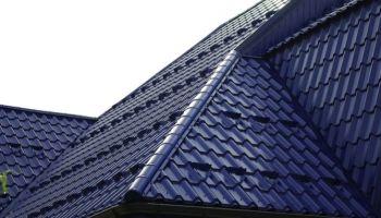 Dach jak ulał – poznaj atuty blachodachówki