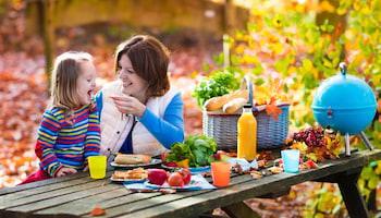 78% badanych mam deklaruje, że dostosowuje sposób odżywiania do pory roku. O czym nie można zapomnieć planując jesienną dietę?