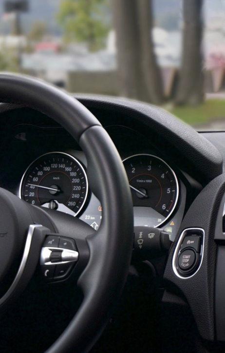 Ubezpieczenie auta z zagranicy - sprawdź, jak to zrobić