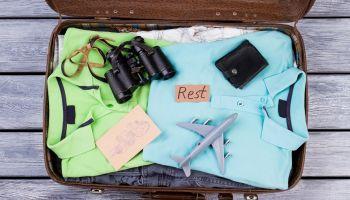 Co zabrać na wakacje? Lista najpotrzebniejszych przedmiotów na wyjazd! [fot. Shutterstock]