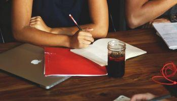 Negocjacje w języku angielskim - jak się do nich przygotować?