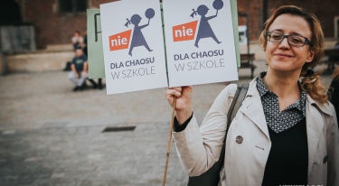 MEN do tablicy - protest nauczycieli we Wrocławiu