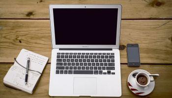 Studiuj w formule 4.0 – nowe technologie, e-biznes i media społecznościowe [fot. Pixabay]
