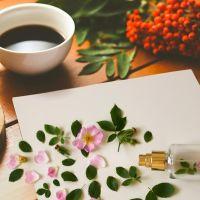 Wiosenne perfumy z malinami