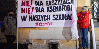 Alarm dla edukacji i nauki - pikieta w Łodzi