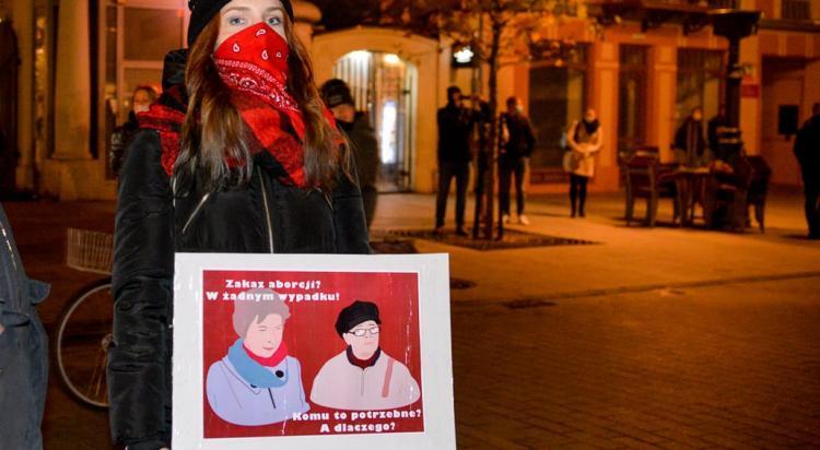 Łódź: Strajk Kobiet: Wy...ać w Kosmos - manifestacja w Łodzi