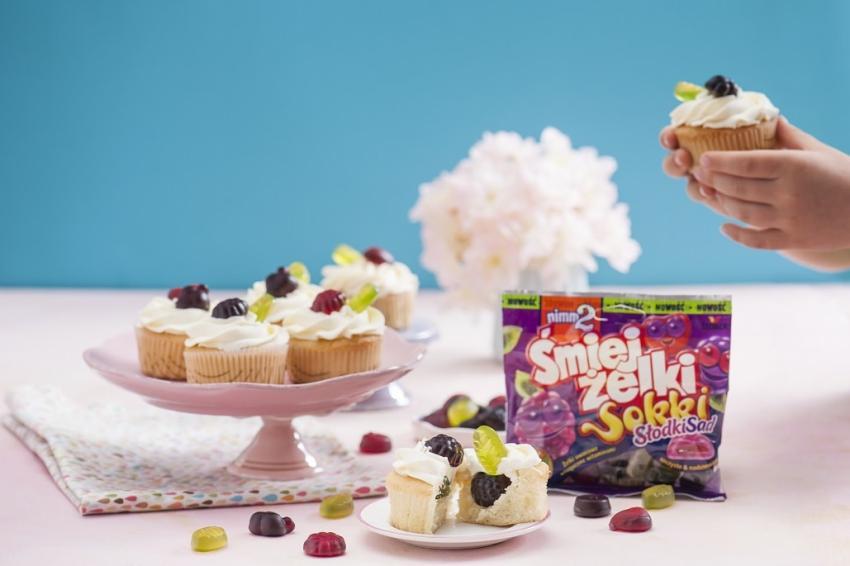 Muffinki z żelkami – przepis na zdrową i pyszną zabawę! [fot. materiały prasowe]