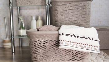 Funkcjonalne kosze do małej i dużej łazienki