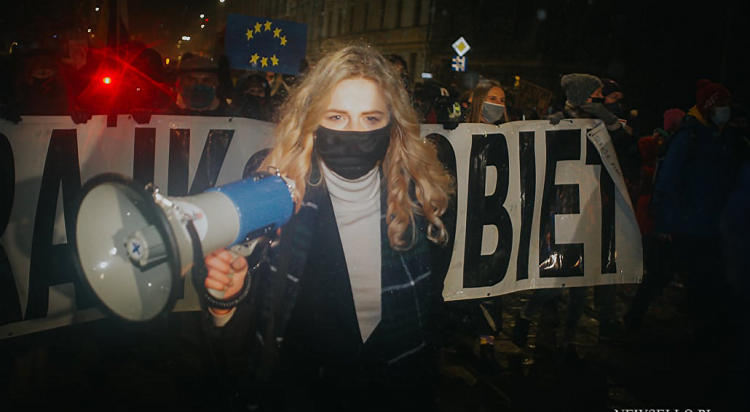 Strajk Kobiet 2021: NIE dla pseudo wyroku - manifestacja we Wrocławiu