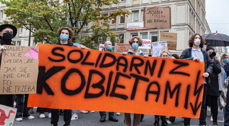 Strajk Kobiet: Manifestacja w Warszawie