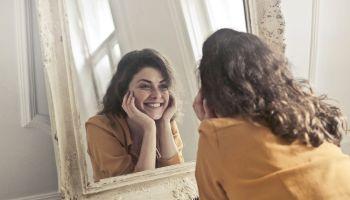 Jak dbać o zęby? Zmiana szczoteczki i inne przydatne informacje! [fot. Pexels]