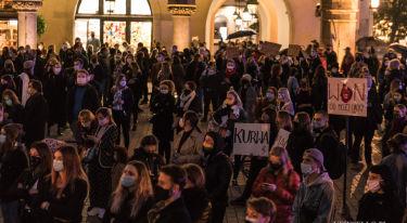 Strajk Kobiet - manifestacja w Krakowie