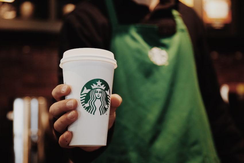 Starbucks w liczbach – statystyki dotyczące 60 kawiarni w Polsce