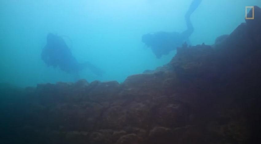 Podwodna twierdza – niesamowite znalezisko na dnie jeziora!