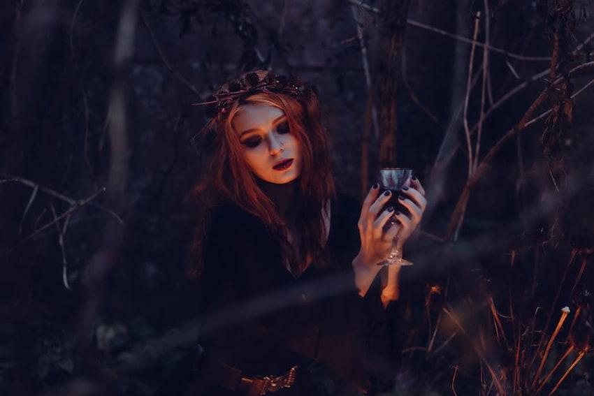 Halloween costumes 2017 – pomysły na przebrania i makijaże [WIDEO]