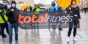 Protest branży fitness w Warszawie