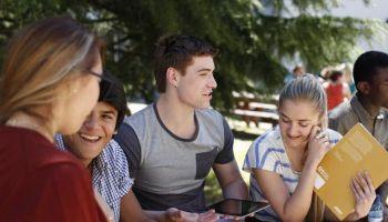 Nauka języków w czołówce zajęć pozaszkolnych