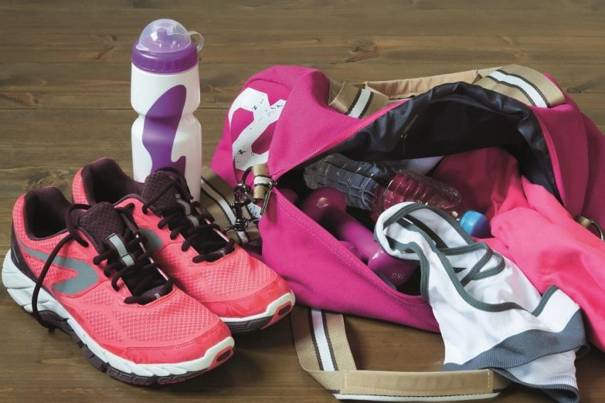 Czy powinno się prać buty sportowe? Jak je wyczyścić? [fot. Biuro prasowe marki Indesit]