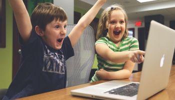 Jak wybrać grę dla dziecka? [fot. Pixabay]