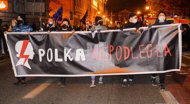 Strajk Kobiet: Blokujemy, strajkujemy i w UE zostajemy! - manifestacja w Poznaniu