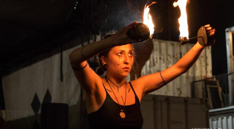 Pokaz ogniowy w KontenerArt