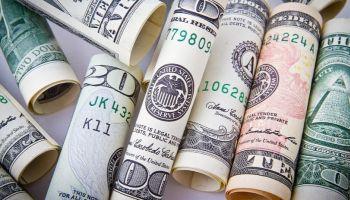 Jak zminimalizować koszty związane z wymianą walut?