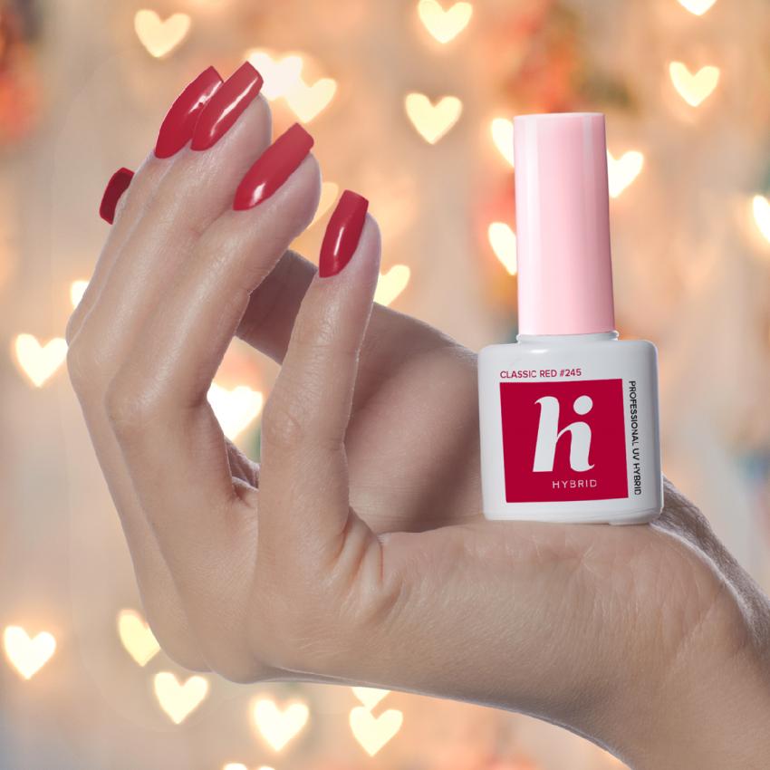 Manicure na Walentynki z hi hybrid