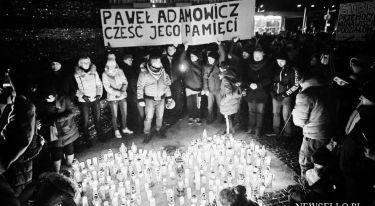 Światełko dla Pawła Adamowicza we Wrocławiu
