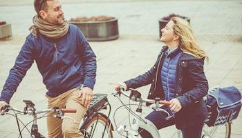 Na przekór złej pogodzie – obalamy 5 mitów o jeździe na rowerze zimą