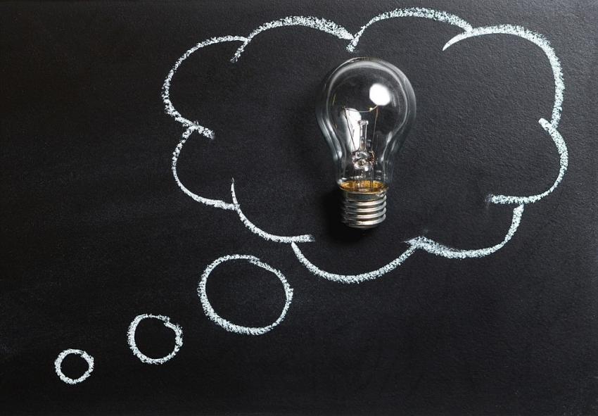 Studia i sztuczna intelgencja – jaka przyszłość czeka rynek pracy? [fot. Pixabay]