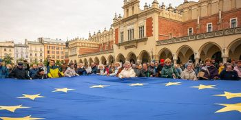 My zostajemy w Europie - demonstracja w Krakowie