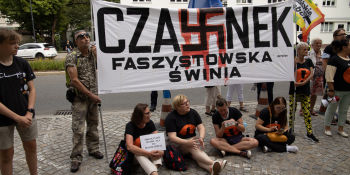 Gruntujemy Cnoty Niewieście - manifestacja w Warszawie