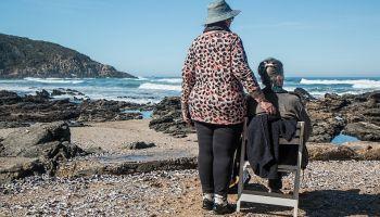 Czy praca opiekunki osób starszych w Niemczech jest bardzo męcząca? [fot. Pixabay]